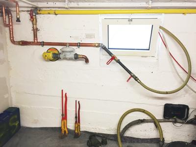 Vorbereiten und Reinigen der Gasleitung
